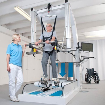 Walking fast again - Therapy robot
