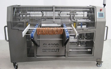 Sausage cutting machine